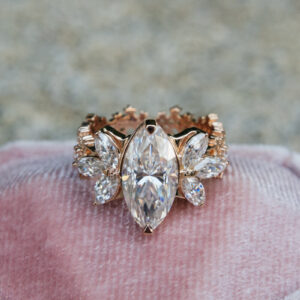 custom moissanite engagement rings